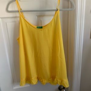 Super cute yellow tank!